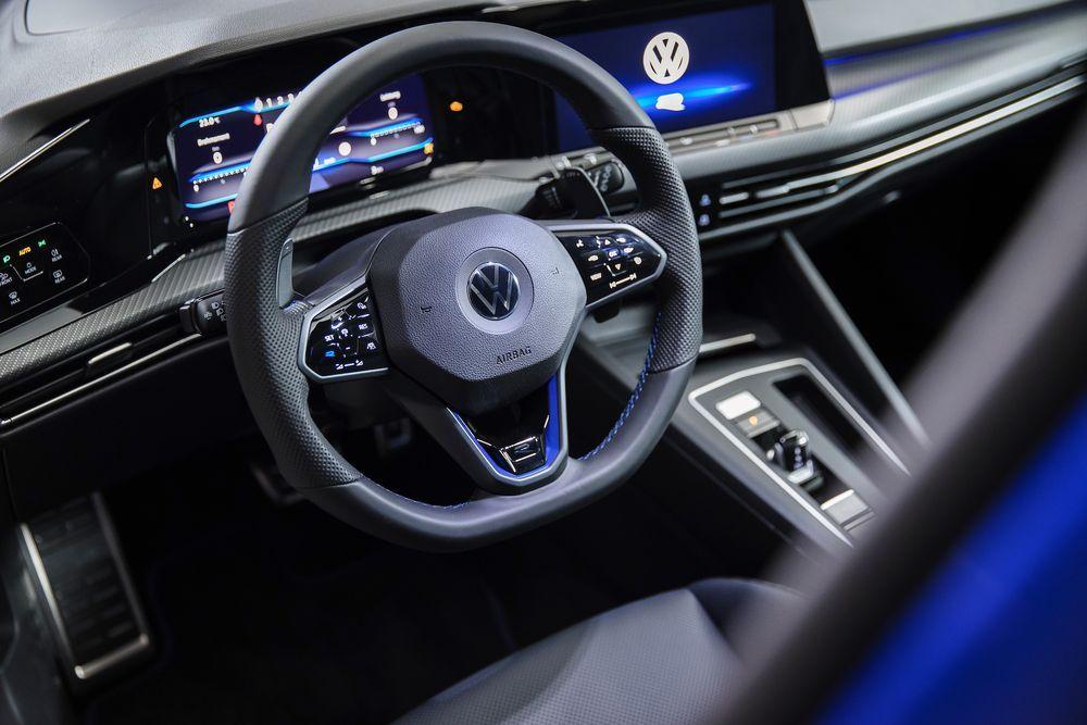 2022 Volkswagen Golf R Interior