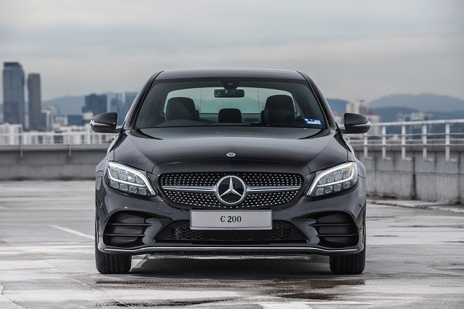 Mercedes Benz Malaysia Launches C 200 AMG Line RM 252k Front