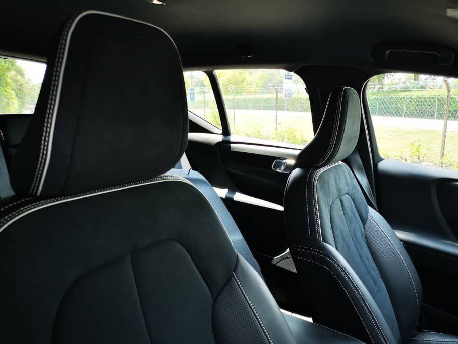 Volvo XC40 T5 AWD R-Design Seats