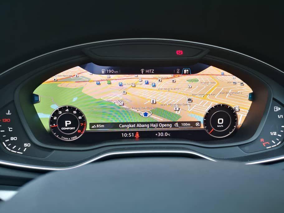 Audi A5 2.0 Live Cockpit View