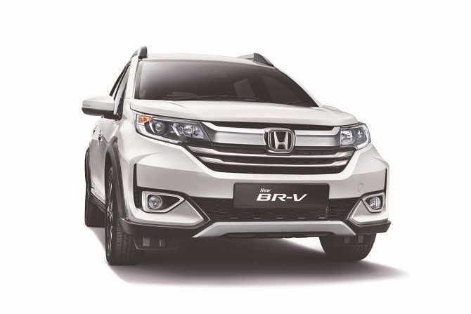 Honda BR V Gets 1400 Bookings Within A Month Front View