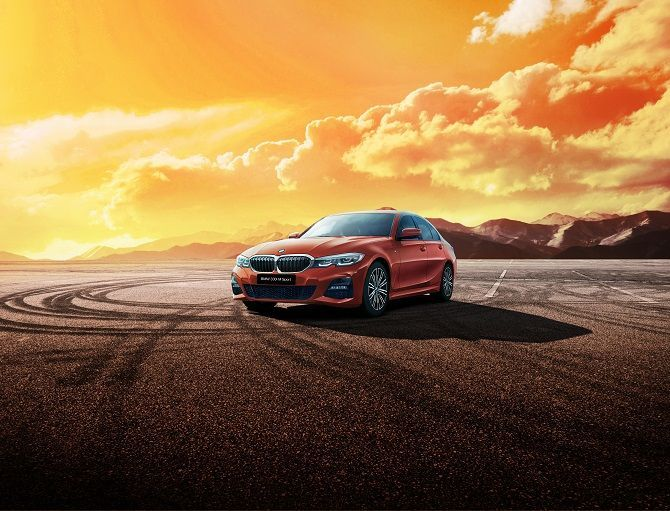 Real Joy Is Just Around The Corner With BMW 330i M Sport