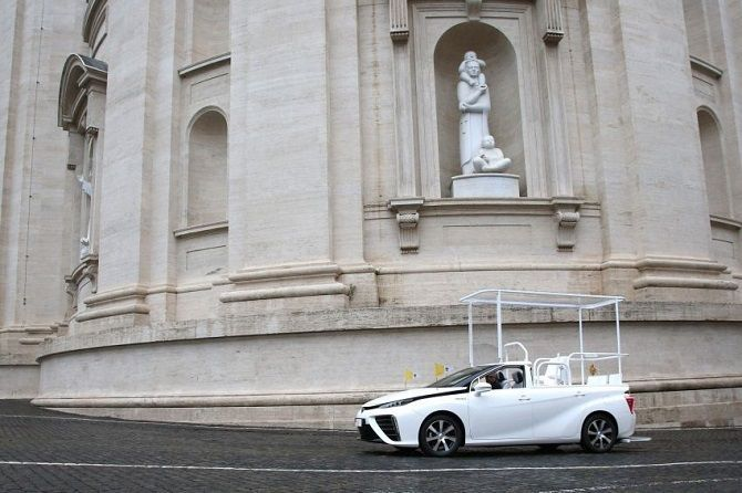 The Pope Now Drives A Toyota Mirai Outside