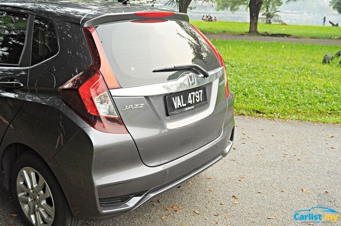 Review Honda Jazz Sport Hybrid There's No Boot Space Boot Three Quarter