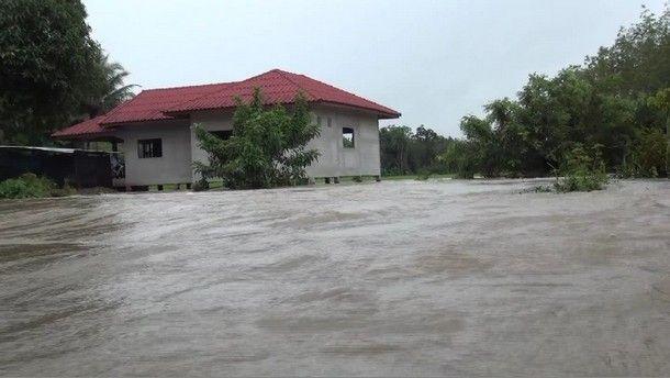 น้ำท่วมขังหลายพื้นที่ของจังหวัดยะลา-3
