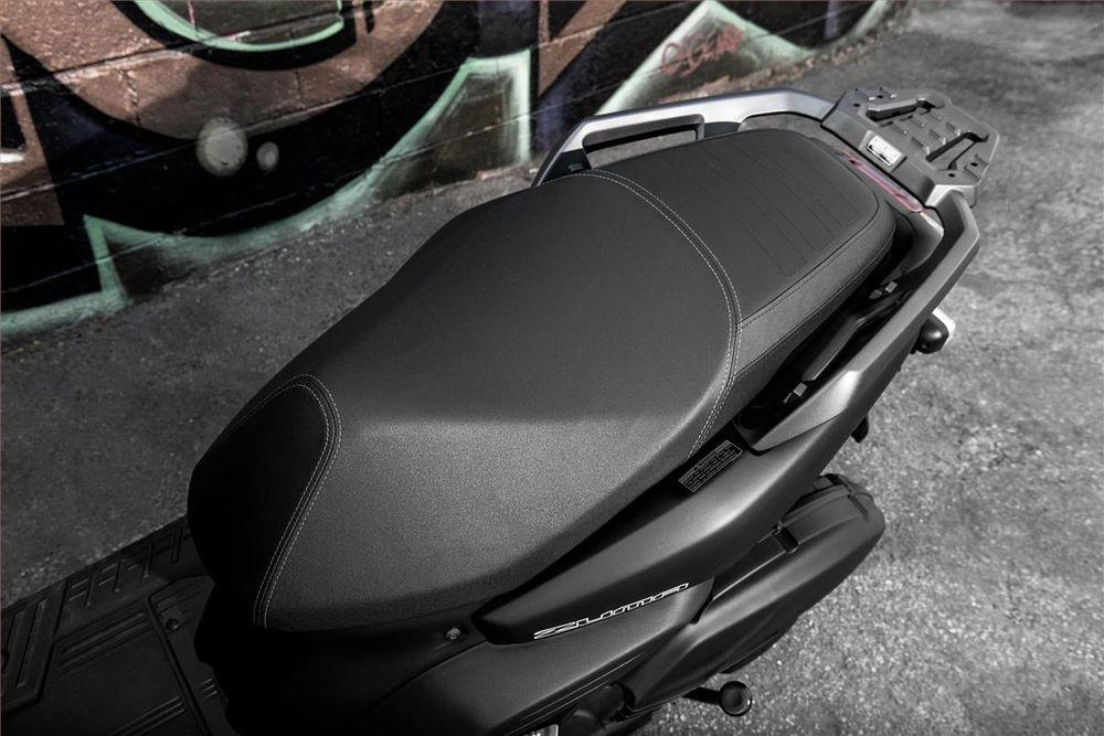 Yamaha Zuma 125 Seat