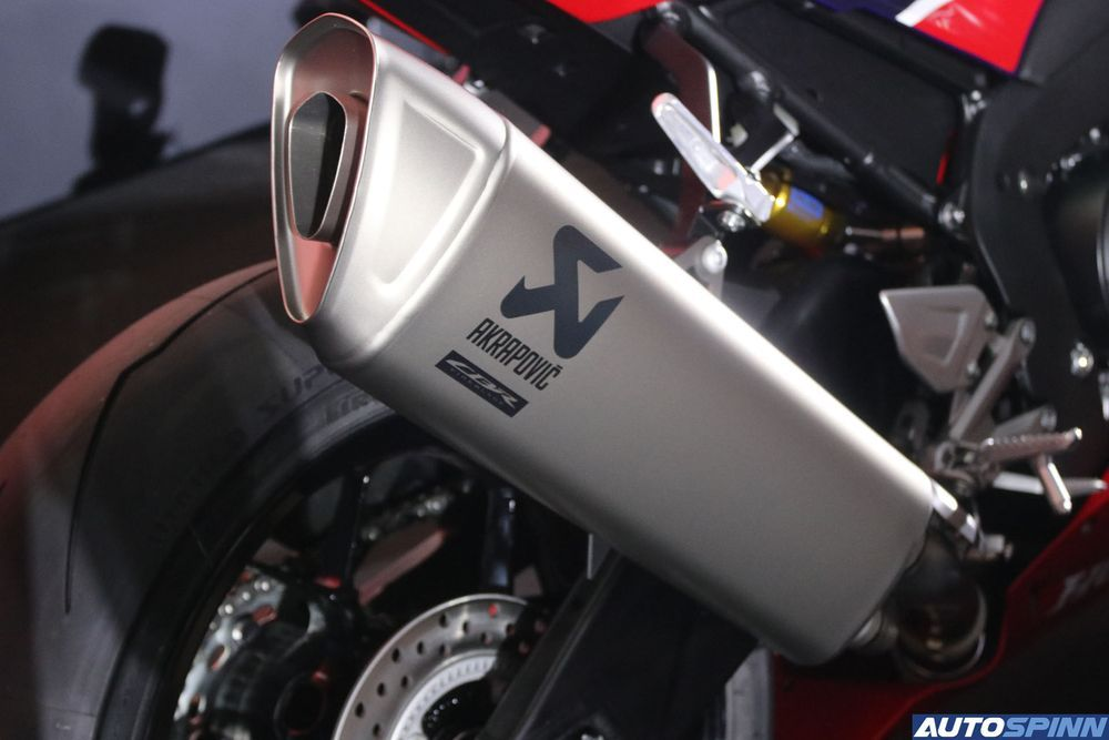 CBR1000RR-R Exhaust