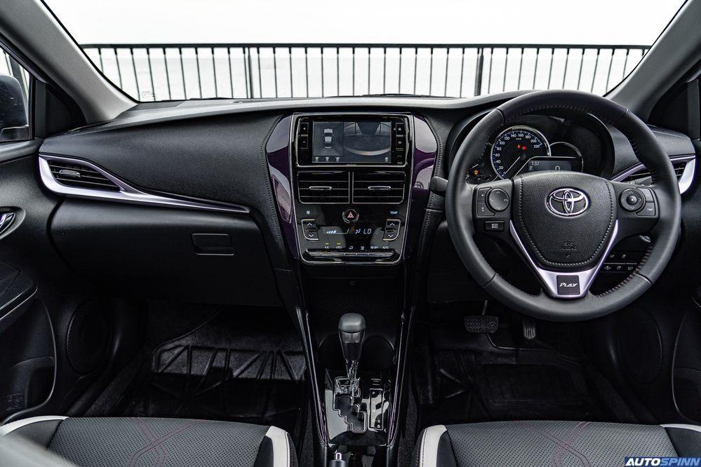 ดีไซน์ภายใน Toyota Yaris Ativ Play