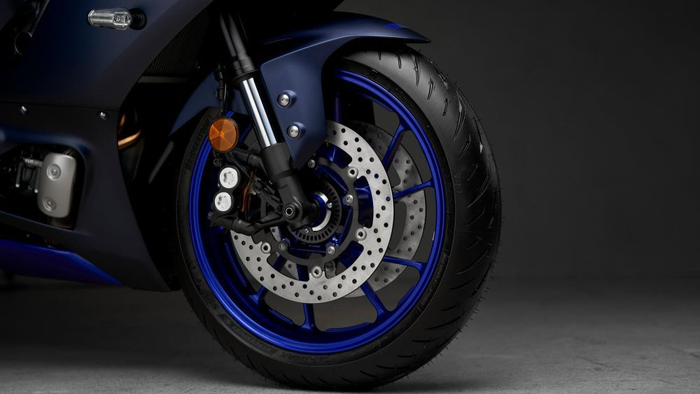 Yamaha R7 Front Wheel Susspension and brake