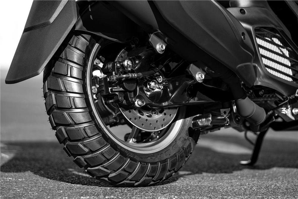Yamaha Zuma 125 Rear wheel