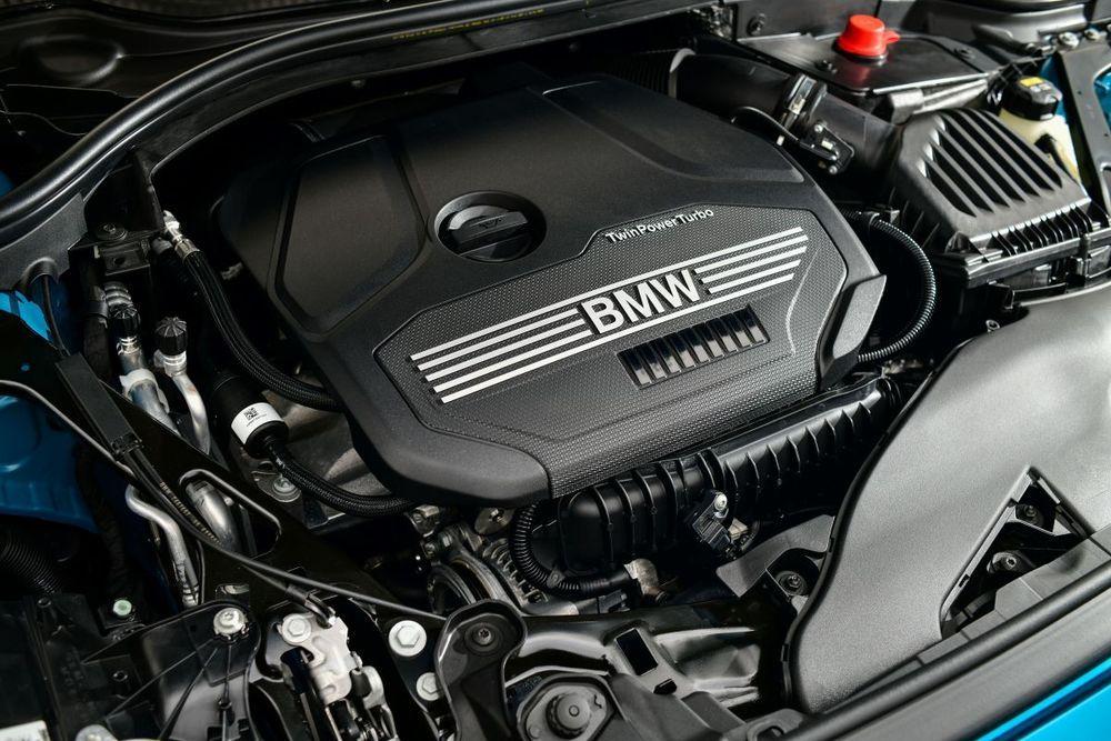 BMW 218i ราคา