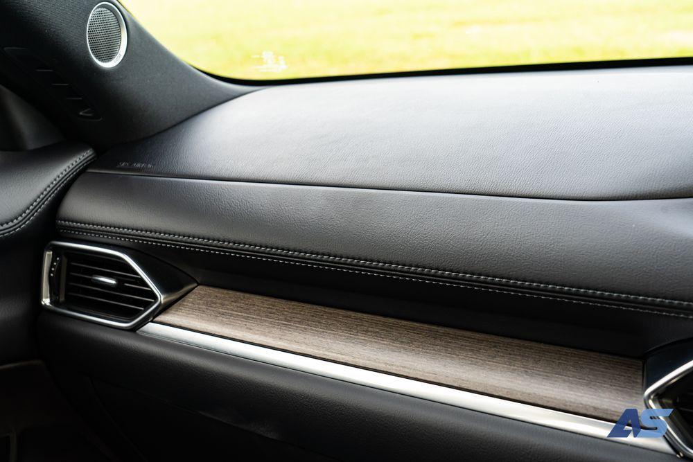 คอนโซลหน้า Mazda CX8