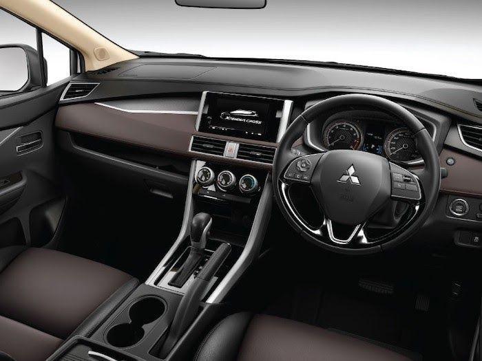 รถ Mitsubishi Xpander Cross