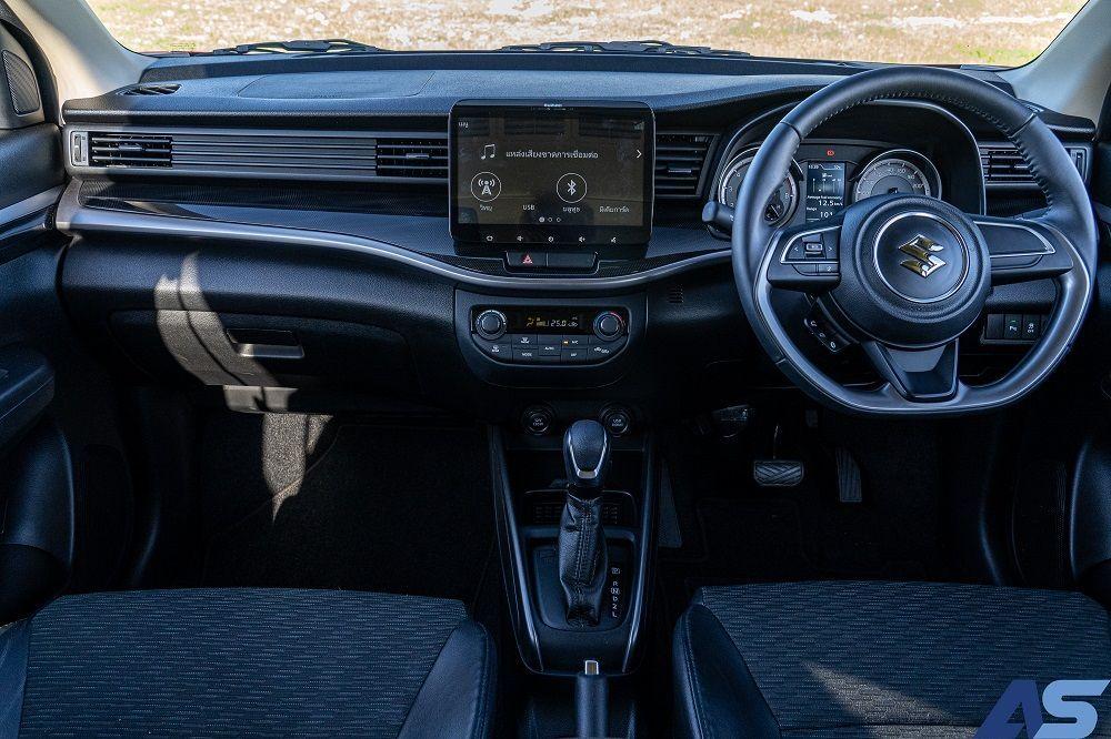ภายใน Suzuki XL7