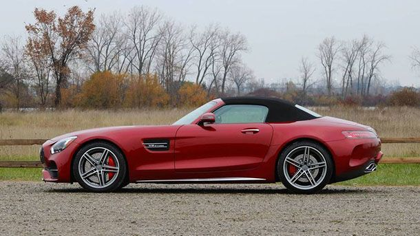 https://img.icarcdn.com/autospinn/body/15aa1f7f-2018-mercedes-amg-gt-c-roadster-review.jpg
