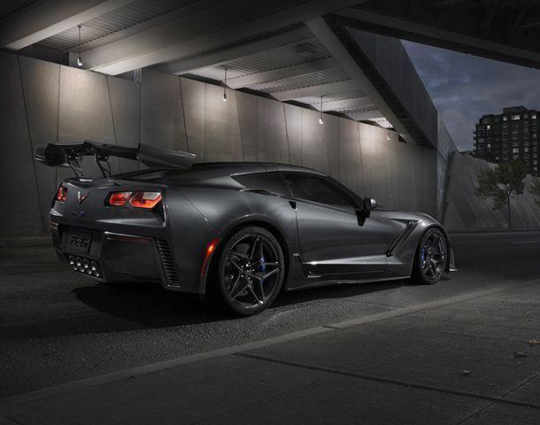https://img.icarcdn.com/autospinn/body/1f9ec34d-2019-chevrolet-corvette-zr1-004.jpg