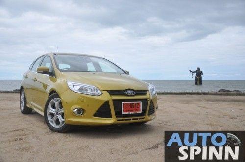 2012-Ford-Focus2000-TestDrive_05