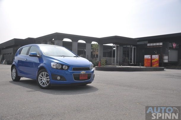 2013-Chevrolet-Sonic-1600-E85-TestDrive_10