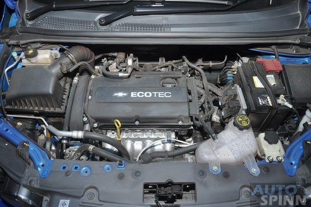 2013-Chevrolet-Sonic-1600-E85-TestDrive_40