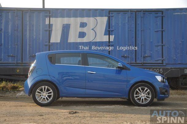 2013-Chevrolet-Sonic-1600-E85-TestDrive_65