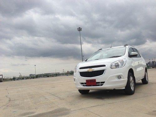 2013-Chevrolet-Spin-b