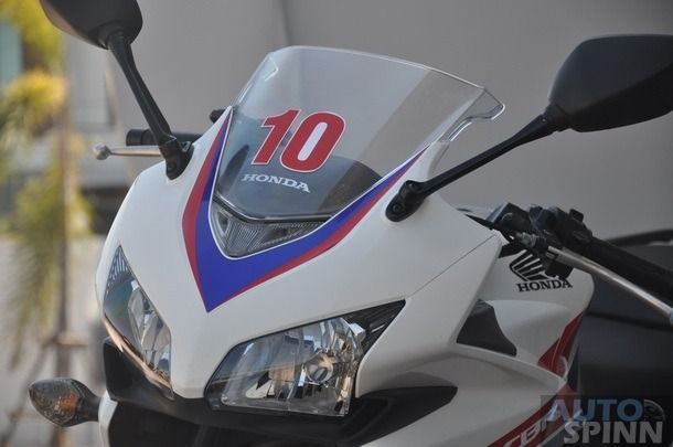 https://img.icarcdn.com/autospinn/body/2013-Honda-CBR500R-TestRide_044_610.jpg