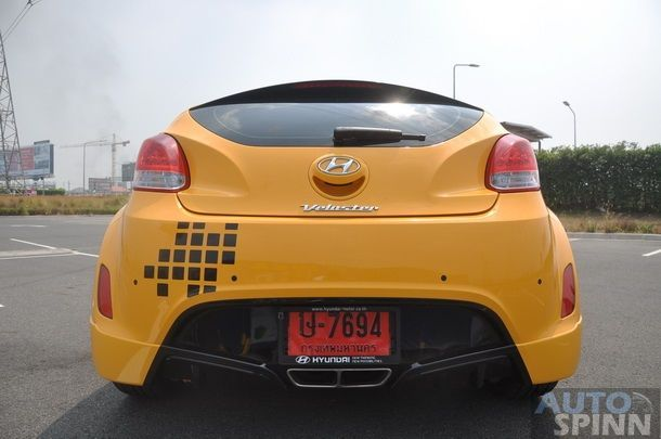 2013-Hyundai-Veloster-TestDrive-Pon_015
