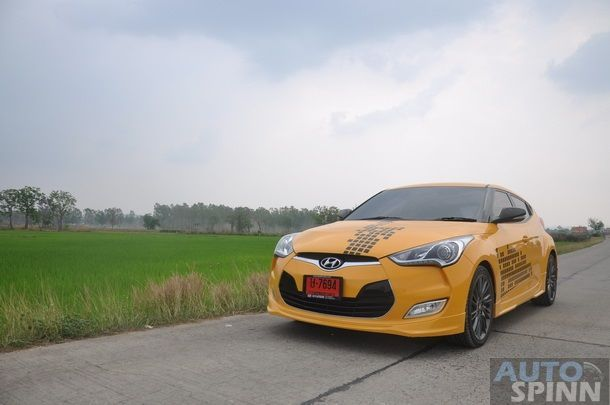 2013-Hyundai-Veloster-TestDrive-Pon_021