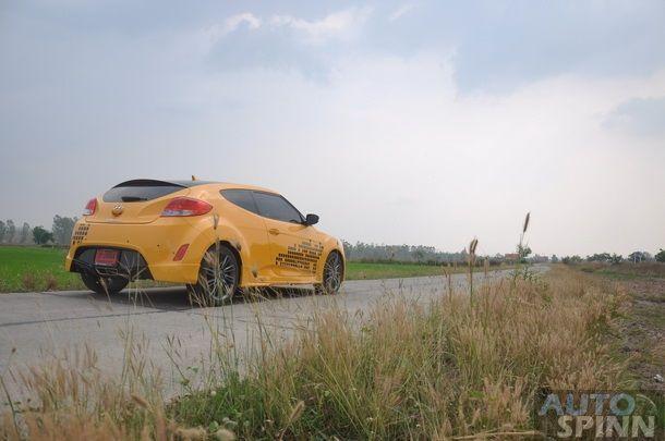 2013-Hyundai-Veloster-TestDrive-Pon_034