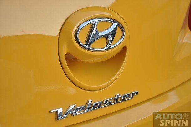 2013-Hyundai-Veloster-TestDrive-Pon_057