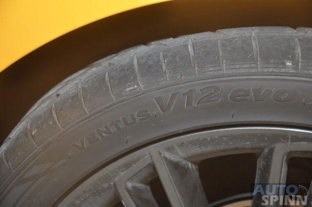 2013-Hyundai-Veloster-TestDrive-Pon_067