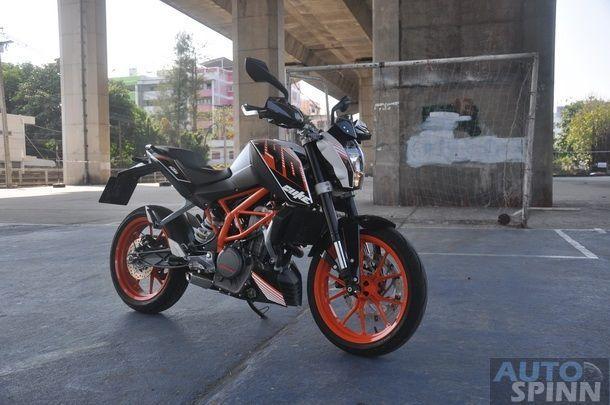2013-KTM-Duke390-TestRide_44