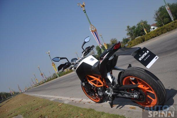 2013-KTM-Duke390-TestRide_46
