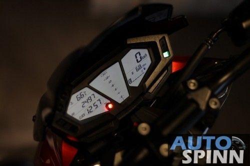 2013-Kawasaki-Z800-TestRide-VDO_04_610