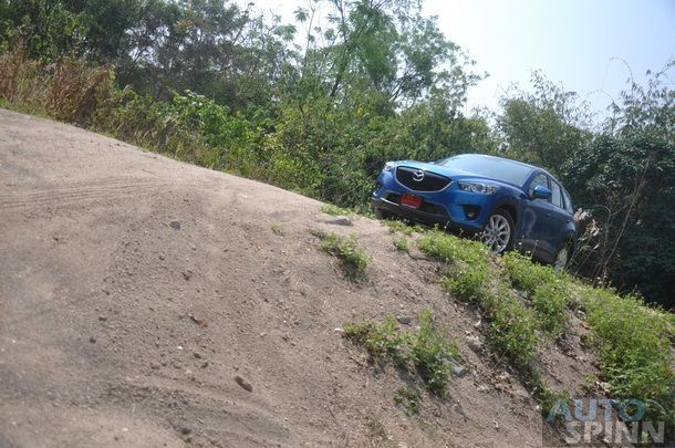 2013-Mazda-CX-5-XDL-Test-Pon_75