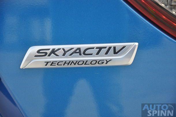 2013-Mazda-CX5-Gasoline-GroupTest_22