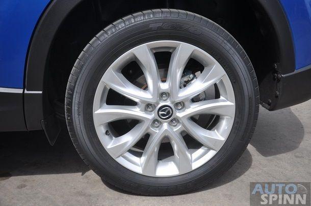 2013-Mazda-CX5-Gasoline-GroupTest_52