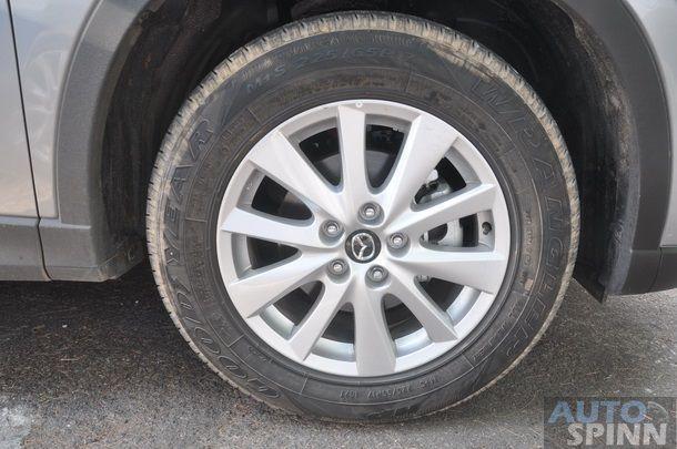 2013-Mazda-CX5-Gasoline-GroupTest_73