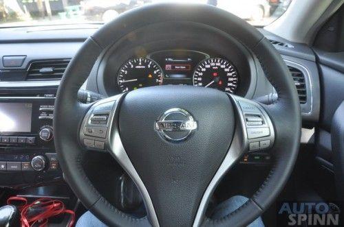 2013-Nissan-Teana-Group-Test_49