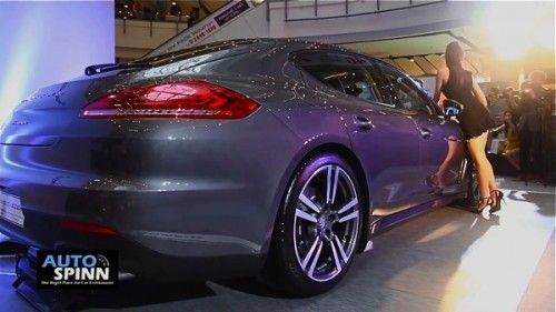2013-The-New-Porsche-Panamera-Diesel-7-resize