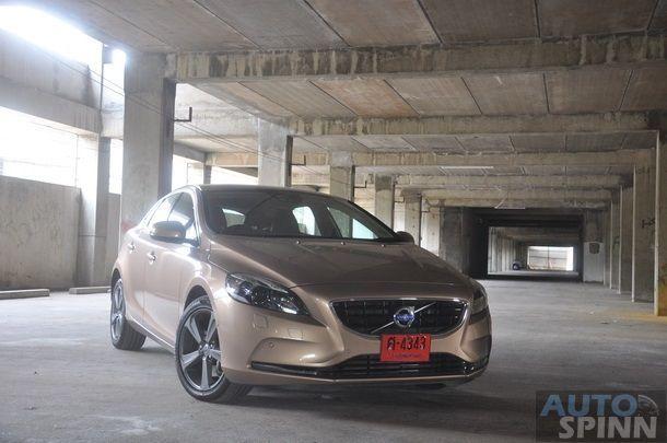 2013-Volvo-V40-TestDrive-Pon_078