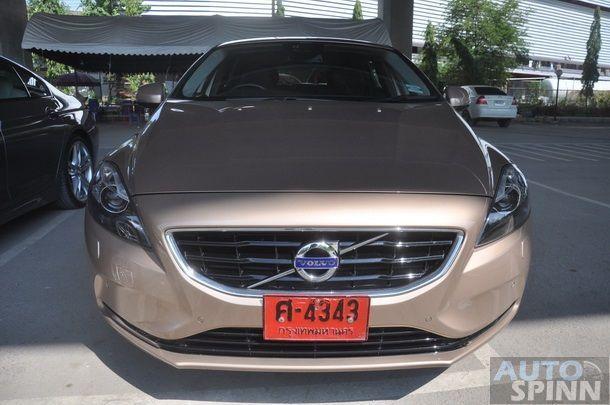 2013-Volvo-V40-TestDrive-Pon_090
