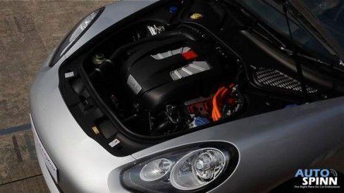 2013-panamera-s-e-hybrid-test-drive-2