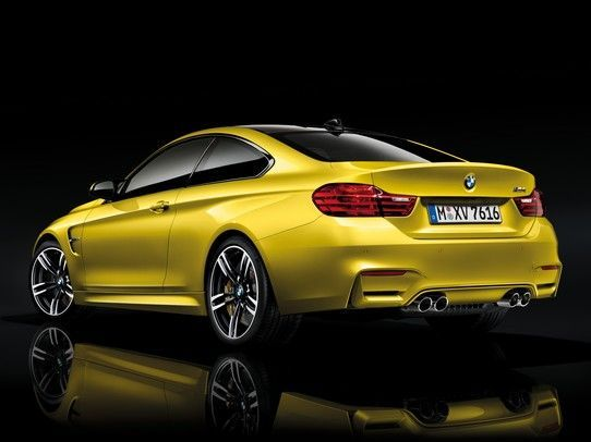 2014 BMW M$ Coupe 16