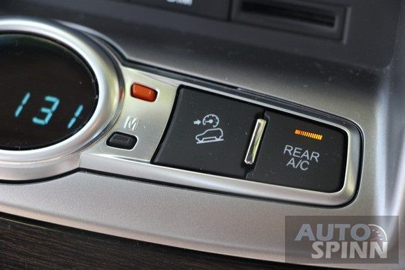 2014-Chevrolet-Captiva-VCDi-LTZ-TestDrive50
