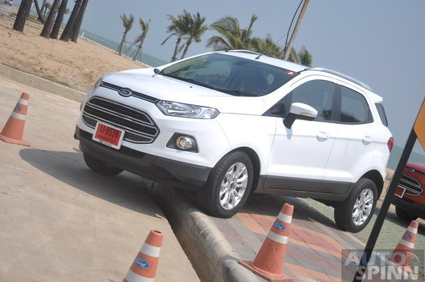 2014-Ford-EcoSport-Group-Test_69