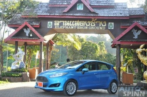 2014-Ford-Fiesta-Ecoboost-Group-Test_71