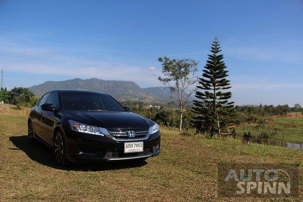 2014-Honda-Accord-Hybrid-Tech-TestDrive28