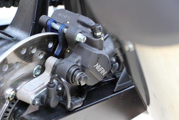 2014-Honda-CBR300R39