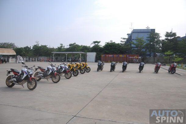 2014-Honda-CBR650f-CB650f-1st-Test_002